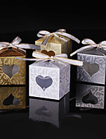 25pcs Love Heart Candy Box for Wedding Decoration Emboss And Glitter Wedding Favors and Gifts Box Party Favors