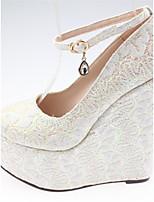 Белый Красный-Для женщин-Свадьба Для праздника Для вечеринки / ужина-Тюль-На танкетке-клуб Обувь-Обувь на каблуках