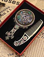 1pc padrão é aleatório retro antigo bronze viajando mini delicado presente a oca para fora espelho de maquilhagem