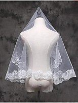 Свадебные вуали Один слой Фата до локтя Фата до кончиков пальцев Кружевная кромка Тюль Кружево