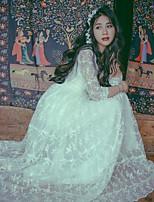 Une Pièce/Robes Lolita Classique/Traditionnelle Rétro Elégant Princesse Cosplay Vêtrements Lolita Blanc Fleur Dentelle RétroManches