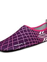 Mujer-Tacón Plano-Confort Suelas con luz-Zapatos de taco bajo y Slip-Ons-Exterior-Tejido-