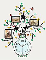 Moderne/Contemporain Animaux Vacances Inspiré Famille Amis Dessin animé Horloge murale,Rond Nouveauté Acrylique Métal Intérieur/Extérieur
