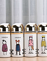 Botella de cristal linda de la cubierta del paño de la historieta de las muchachas 1pcs (estilos aleatorios)