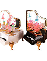 Music Box Piano Holiday Supplies Plastic Unisex RANDOM COLOR