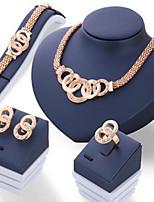 Conjunto de Jóias Básico Circulo Strass Fio Único Dourado 1 Colar 1 Par de Brincos 1 Bracelete 1 Anél Para Diário Casual 1 Conjunto