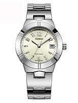 Casio Dames Modieus horloge Japans Kwarts Kalender Waterbestendig Roestvrij staal Band Vrijetijdsschoenen Zilver