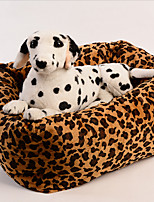 Pet supplies manufacturers selling sugar leopard grain square teddy dog kennel autumn winter warm pet Waterloo three-piece suit