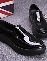 Для мужчин Мокасины и Свитер Удобная обувь Кожа Тюль Весна Повседневный Черный Менее 2,5 см