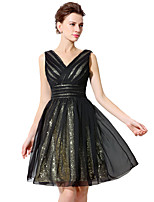 Cocktail Party Dress Ball Gown V-neck Knee-length Tulle with Sequins