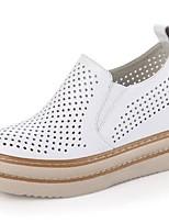 Для женщин На плокой подошве Удобная обувь Наппа Leather Весна Повседневный Белый Черный На плоской подошве