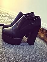 Для женщин Обувь на каблуках Удобная обувь Полиуретан Весна Повседневный Черный Серый На плоской подошве