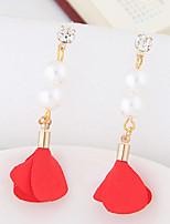 Femme Boucles d'oreille goutte Perle imitée Mode euroaméricains Alliage Forme de Fleur Bijoux Pour Soirée 1 Paire