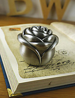 Romantic Classical Carved Zinc Alloy Material Small Rose Bud Proposal The Jewelry Box