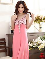 Uniformes & Tenues Chinoises Vêtement de nuit Femme Pois-Sheer supplémentaire