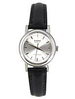 Casio Женские Спортивные часы Модные часы Наручные часы Японский Кварцевый Защита от влаги Кожа ГруппаС подвесками Повседневная