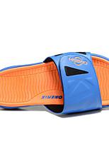 Men's Slippers & Flip-Flops Synthetic PU Spring Fuchsia Black/White Light Blue Flat
