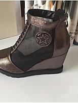 Для женщин Ботинки Удобная обувь Полиуретан Весна Повседневные Удобная обувь Золотой Черный На плоской подошве