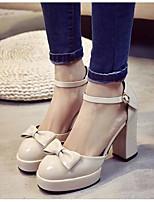 Для женщин Сандалии Удобная обувь Полиуретан Весна Повседневные Удобная обувь Черный Бежевый На плоской подошве