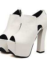 Femme Chaussures à Talons Confort Polyuréthane Printemps Décontracté Confort Blanc Noir Plat