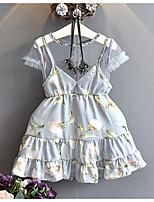 Menina de Vestido Estampado Verão Sem Manga