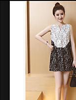 Damen A-Linie Kleid-Ausgehen Einfach Einfarbig V-Ausschnitt Mini Ärmellos Spitze Sommer Mittlere Hüfthöhe Mikro-elastisch Mittel