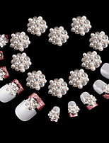 10 pcs Diamond Snowflake Super Shining Nail Decorations