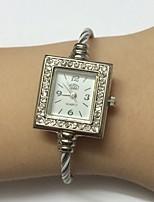 Femme Montre Tendance Montre Bracelet Chinois Quartz Métallique Bande Bracelet Pour tous les jours Blanc