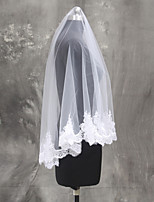 Wedding Veil One-tier Fingertip Veils Lace Applique Edge Tulle Netting
