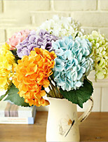 Hydrangea Flower Holding Flower Hydrangea Home Decoration Fake Flower Artificial Silk Flower Hydrangea Bouquet 5PC