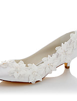 Femme Chaussures de mariage Confort Satin Printemps Automne Mariage Habillé Soirée & Evénement Confort Applique Talon Bas Blanc2,5 à 4,5