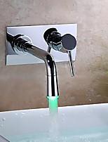 Современный LED Разбросанная Настенное крепление with  Керамический клапан Одной ручкой Два отверстия for  Хром , Ванная раковина кран