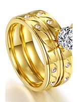 Damen Ring Kubikzirkonia Doppelschicht Klassisch Elegant Kubikzirkonia Titanstahl vergoldet Runde Form Schmuck FürHochzeit Party