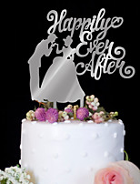 The bride and groom are decorated with a silver wedding cake decorated with a cake decorated with birthday cake