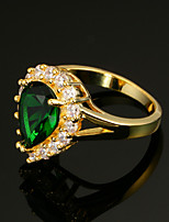 Women's Ring Vintage Elegant Emerald  Cubic Zirconia 18K gold Heart Jewelry For Wedding Anniversary Party/Evening Engagement Ceremony