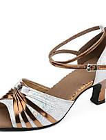 Для женщин Латина Дерматин Сандалии Для открытой площадки С пряжкой На толстом каблуке Золотой Серебряный 5 - 6,8 см
