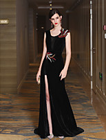 Mermaid / Trumpet V-neck Sweep / Brush Train Satin Velvet Formal Evening Dress with Crystal Detailing Side Draping Bandage by