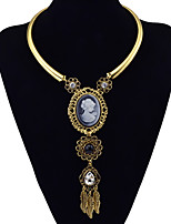 Choker Necklaces Pendant Statement Necklaces Women's Fashion Beauty Queen Head Necklace Reliefs 2 Colors Movie Jewelry