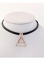 Жен. Ожерелья-бархатки Геометрической формы Треугольной формы Медь Стразы Мода Euramerican Бижутерия Назначение Для вечеринок