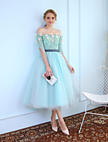 Ballkleid Prinzessin Tee-Länge Tüll Cocktailparty Kleid mit Perlenstickerei Spitze durch MMHY