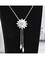 Жен. Ожерелья с подвесками В форме цветка Хрусталь Сплав Мода Симпатичные Стиль Бижутерия НазначениеСвадьба Для вечеринок Halloween День