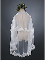 Wedding Veil One-tier Fingertip Veils Lace Applique Edge Lace Tulle