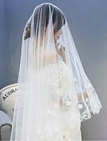 Wedding Veil One-tier Chapel Veils Lace Applique Edge Tulle