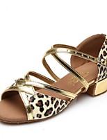 Для женщин Латина Искусственная кожа С цельной подошвой Тренировочные На низком каблуке Золотой Красный Цвет-леопард Менее 2,5 см