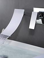Современный На стену Водопад with  Керамический клапан Одной ручкой Два отверстия for  Хром , Ванная раковина кран