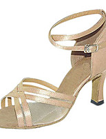 Для женщин Латина Шёлк Сандалии Концертная обувь Крест-накрест На шпильке Миндальный 7,5 - 9,5 см Персонализируемая