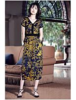 Для женщин На выход Очаровательный Оболочка Платье С принтом,V-образный вырез Средней длины С короткими рукавами Искусственный шёлк Лето