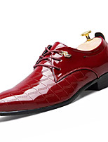 Для мужчин Туфли на шнуровке Формальная обувь Полиуретан Весна Осень Для вечеринки / ужина Шнуровка На плоской подошве Черный Желтый Вино
