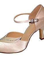 Для женщин Латина Шёлк Сандалии Концертная обувь На шпильке Черный Миндальный 5 - 6,8 см 7,5 - 9,5 см Персонализируемая