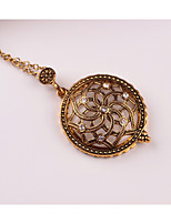 Women's Pendant Necklaces Flower Rhinestone Alloy Metallic Vintage Jewelry For Wedding Party Birthday Graduation Gift Daily